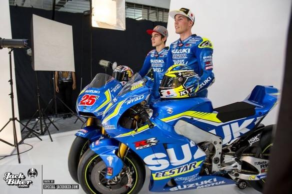Suzuki-Ecstar-2016-nyalakan-nyali_07